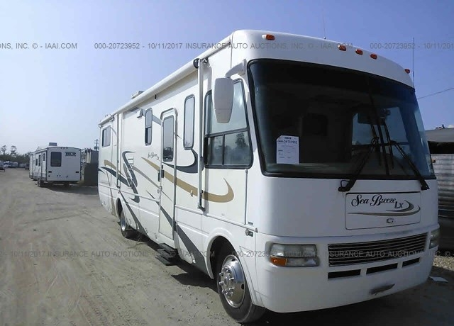 2005 WORKHORSE CUSTOM CHASSIS MOTORHOME CHASSIS